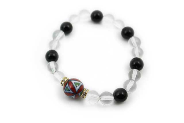 有田焼と天然石のブレスレット(Arvo) 赤七宝紋様水晶オニキス