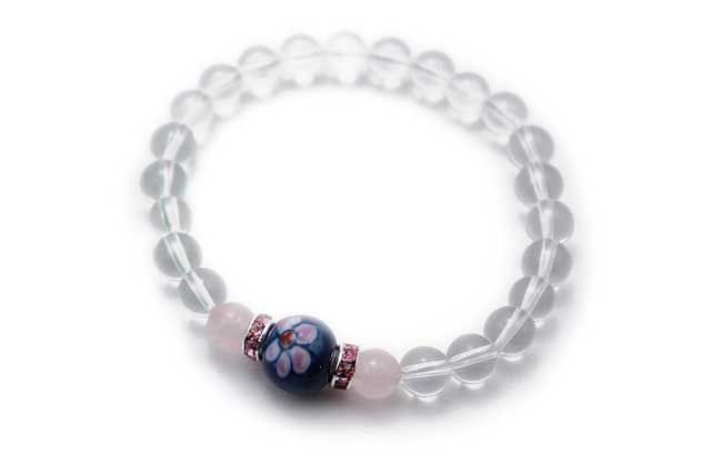 有田焼と天然石のブレスレット(Arvo) 染錦梅紋様ローズクォーツ水晶