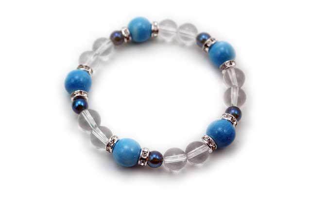 有田焼と天然石のブレスレット(Arvo) 五つ玉釉彩スカイブルー水晶ブルー水晶