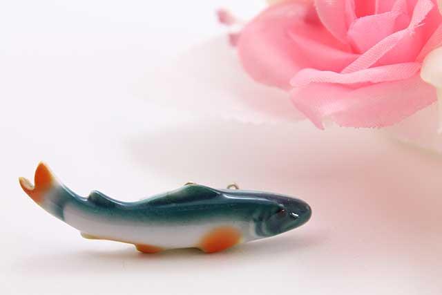 有田焼ブローチ 魚