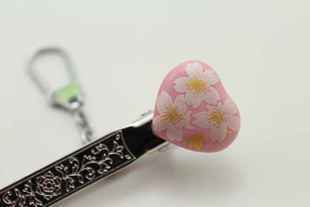 有田焼クリップ式キーホルダー ハート ピンク銀桜