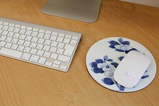やきもの 焼き物 陶磁器 アクセサリー 小物雑貨 有田焼染付マウスパッド 椿紋様