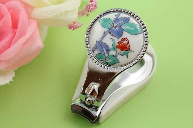 やきもの 焼き物 陶磁器 アクセサリー 小物雑貨 有田焼爪切り バラ