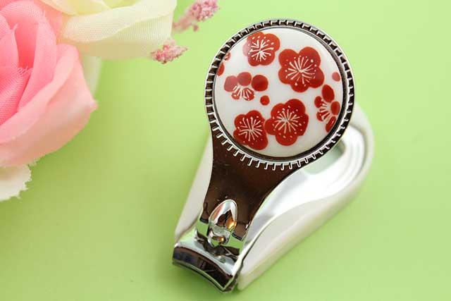 やきもの 焼き物 陶磁器 アクセサリー 小物雑貨 有田焼爪切り 梅