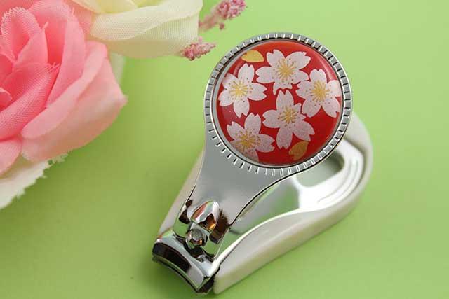やきもの 焼き物 陶磁器 アクセサリー 小物雑貨 有田焼爪切り 赤銀桜