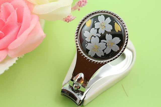 やきもの 焼き物 陶磁器 アクセサリー 小物雑貨 有田焼爪切り 黒銀桜