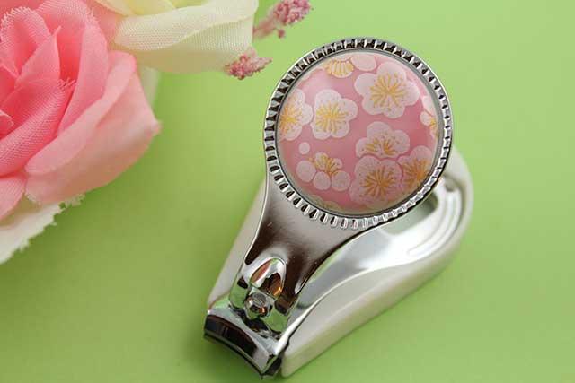 やきもの 焼き物 陶磁器 アクセサリー 小物雑貨 有田焼爪切り ピンク銀梅
