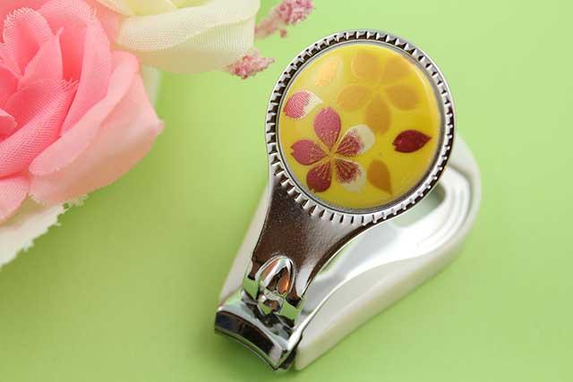 やきもの 焼き物 陶磁器 アクセサリー 小物雑貨 有田焼爪切り 黄桜吹雪