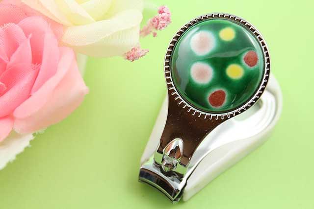 やきもの 焼き物 陶磁器 アクセサリー 小物雑貨 有田焼爪切り 緑水玉