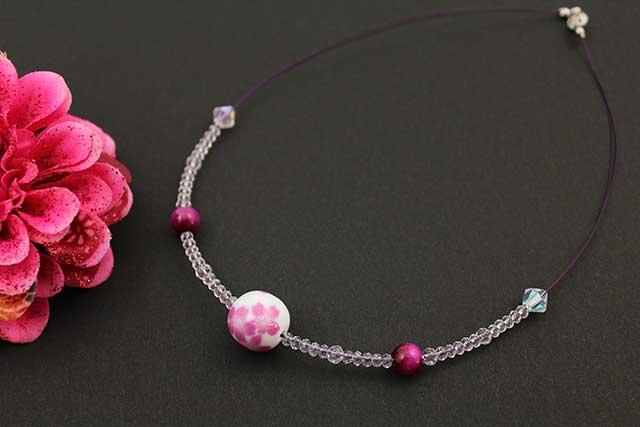有田焼磁器玉天然石ペンダント(Arvo) 桜紋様タイガーアイ