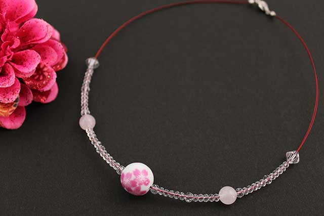 有田焼磁器玉天然石ペンダント(Arvo) 桜紋様ローズクォーツ