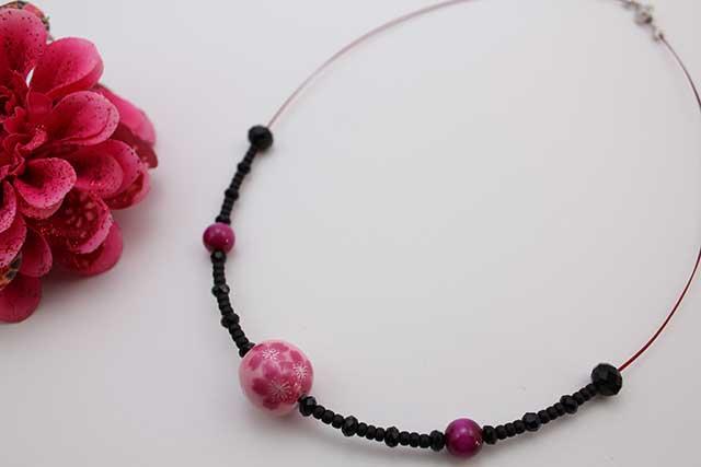有田焼磁器玉天然石ペンダント(Arvo) ピンク桜紋様タイガーアイ