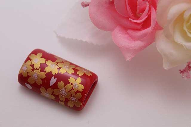 有田焼帯留 赤金桜 筒型