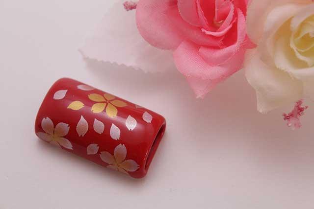 有田焼帯留 赤桜吹雪 筒型