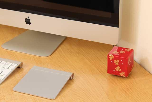 やきもの 焼き物 陶磁器 アクセサリー 小物雑貨 有田焼染付音箱 -OTOBAKO- 金彩桜RED