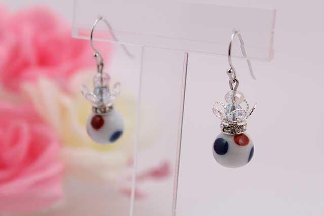有田焼と天然石のコラボ(Arvo)ピアス(silver925)・イヤリング(ロンデル) 有田焼水玉紋様+水晶