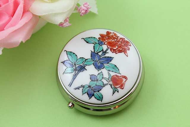 やきもの 焼き物 陶磁器 アクセサリー 小物雑貨 有田焼ピルケース バラ