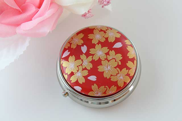やきもの 焼き物 陶磁器 アクセサリー 小物雑貨 有田焼ピルケース 赤金桜