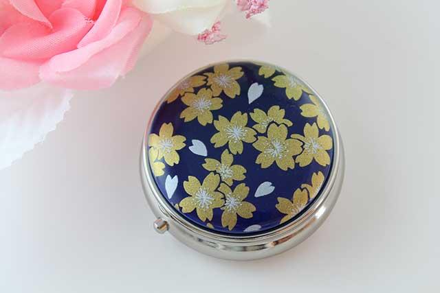 やきもの 焼き物 陶磁器 アクセサリー 小物雑貨 有田焼ピルケース るり金桜