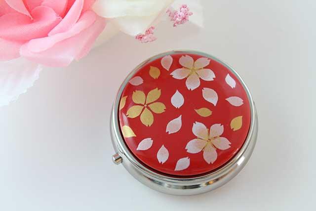 やきもの 焼き物 陶磁器 アクセサリー 小物雑貨 有田焼ピルケース 赤桜吹雪