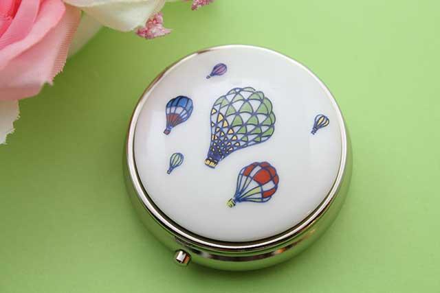 やきもの 焼き物 陶磁器 アクセサリー 小物雑貨 有田焼ピルケース バルーン