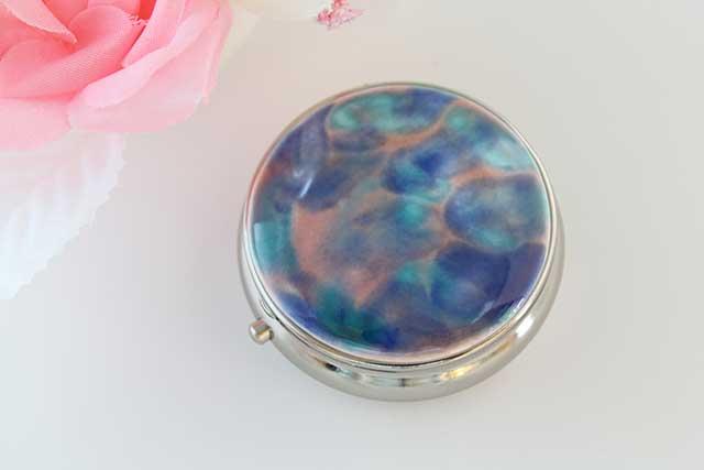 やきもの 焼き物 陶磁器 アクセサリー 小物雑貨 有田焼ピルケース ピンクブルー