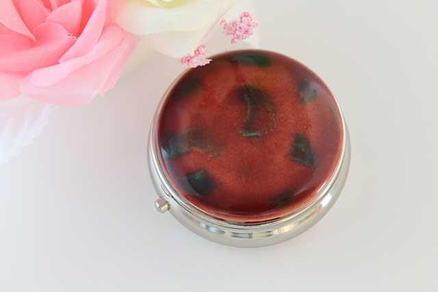 やきもの 焼き物 陶磁器 アクセサリー 小物雑貨 有田焼ピルケース 赤あずき
