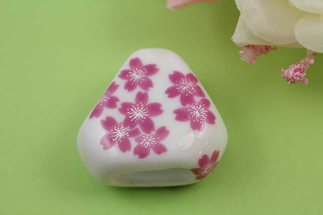 有田焼スカーフ留 桜