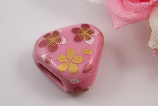 有田焼スカーフ留 ピンク桜吹雪