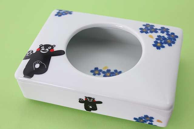 やきもの 焼き物 陶磁器 アクセサリー 小物雑貨 有田焼とくまモンのコラボ-ミニティッシュ くまモンサッカー青桜
